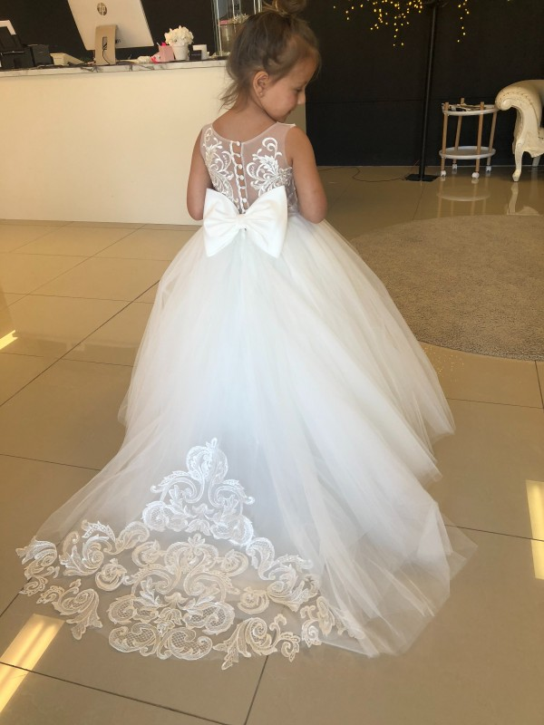 Champagne Ball Gown Sweetheart Chapel Train Sleeveless Lace & Tulle Flower Girl Dress Toronto